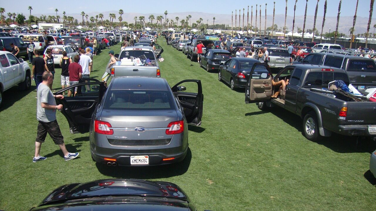 Plant nursery parking lot filled with cars